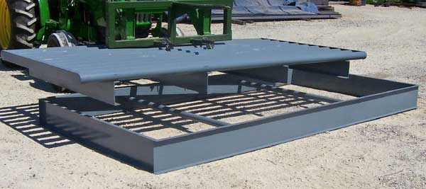 cattle guard with removable box for cleaning underneath