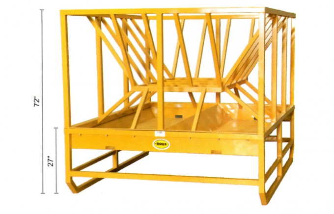 large cattle hay feeder with grain pan below