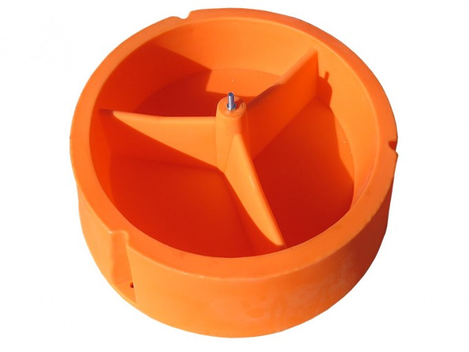 ground mineral feeder without a flap
