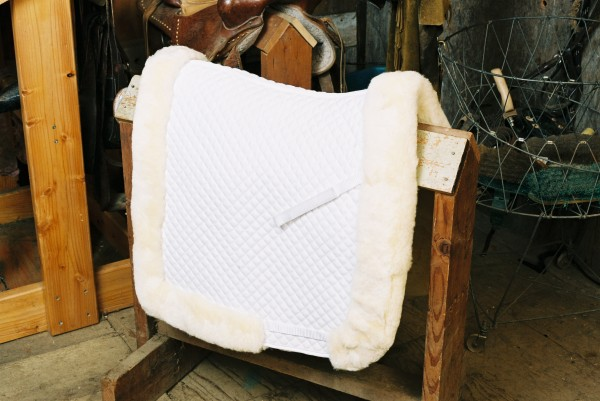 white sheepskin saddle pad for horses