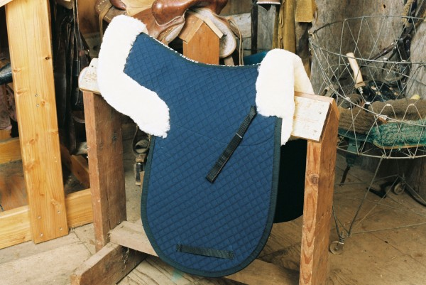 sheepskin saddle pad with pommel and cantle rolls