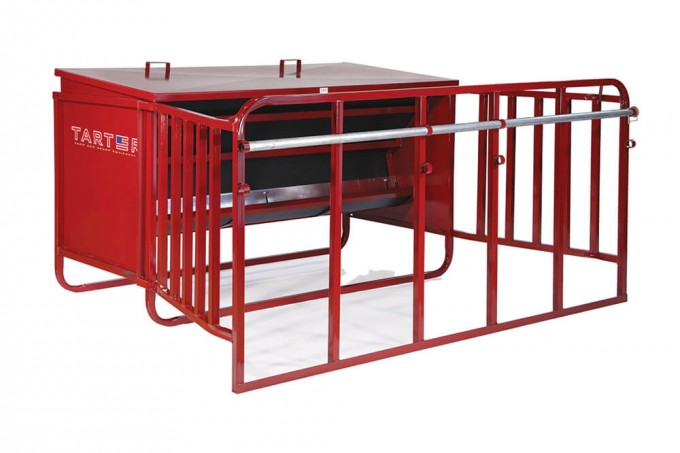 calf creep feeder in red